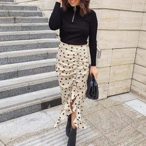 Chic Long Skirt With Dots